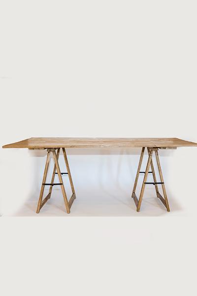 Tavolo con cavalletto