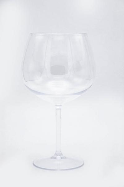 Vino rosso in policarbonato